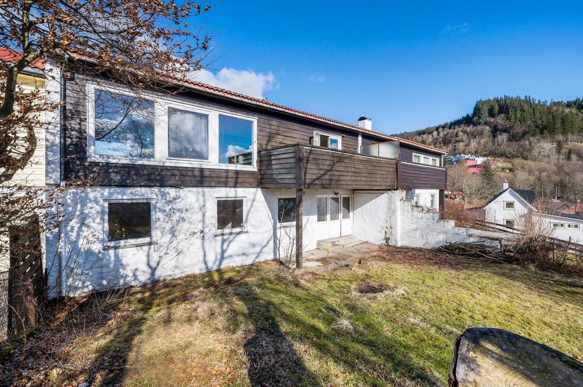 Oppussingsobjekt -Familievennlig rekkehus i meget populært boligområde, presentert av CHris-André Grimstad Fana Sparebank Eiendom.