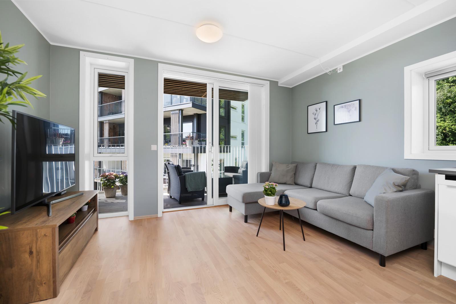 Laila Flinterud har gleden av å presentere flott 2-roms endeleilighet i 4 etasje i Steinsvikvegen 272!
